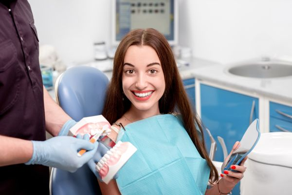 What To Expect When You Want To Get Dental Veneers For Your Teeth