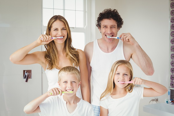 What Oral Health Issues Can A Family Dentist Treat?